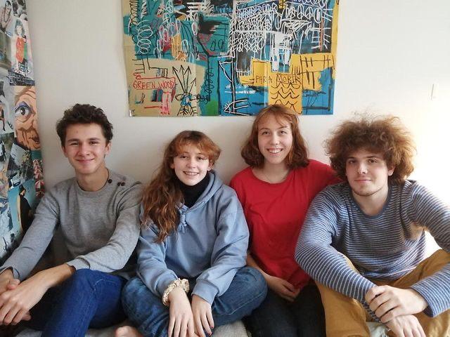 Je Vous Aime : quand quatre jeunes lycéens créent une maison d'édition.